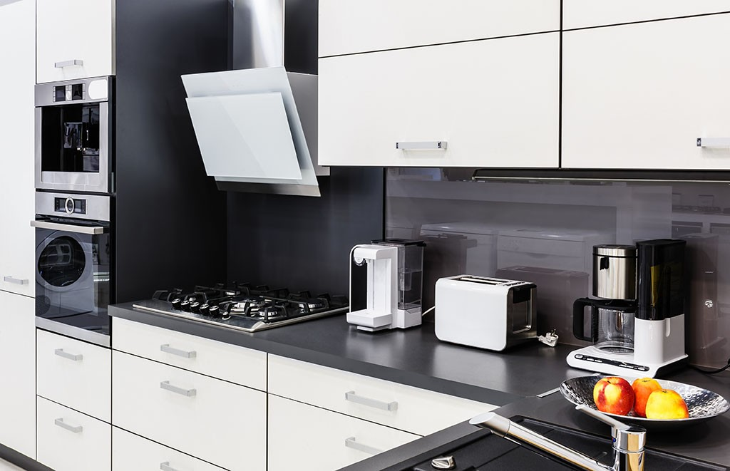 cocina completa con electrodomésticos.jpg